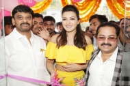 Catherine Tresa Launches B New Mobile Store At Kadapa Photos