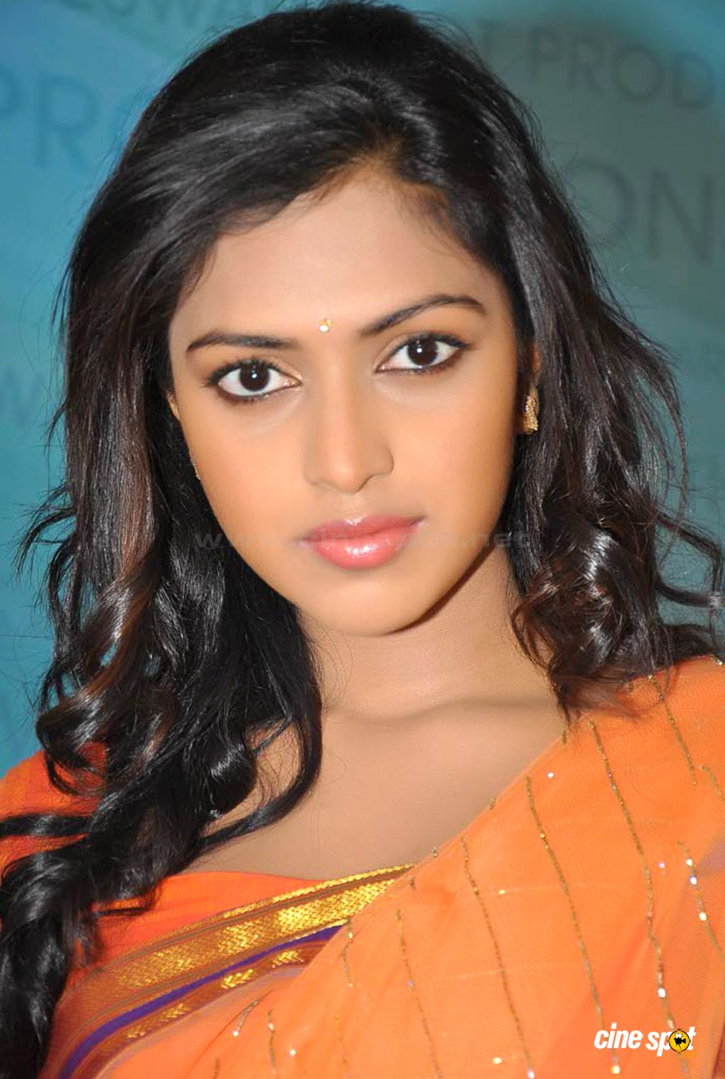 amala paul facebook