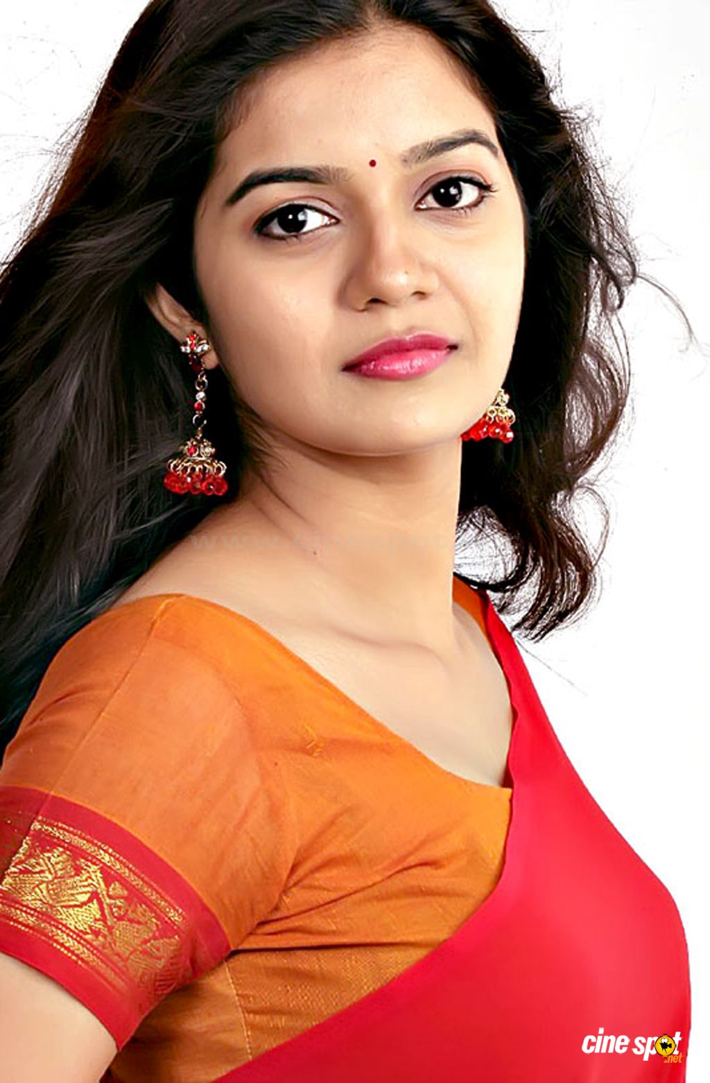swathi cute stills (1)