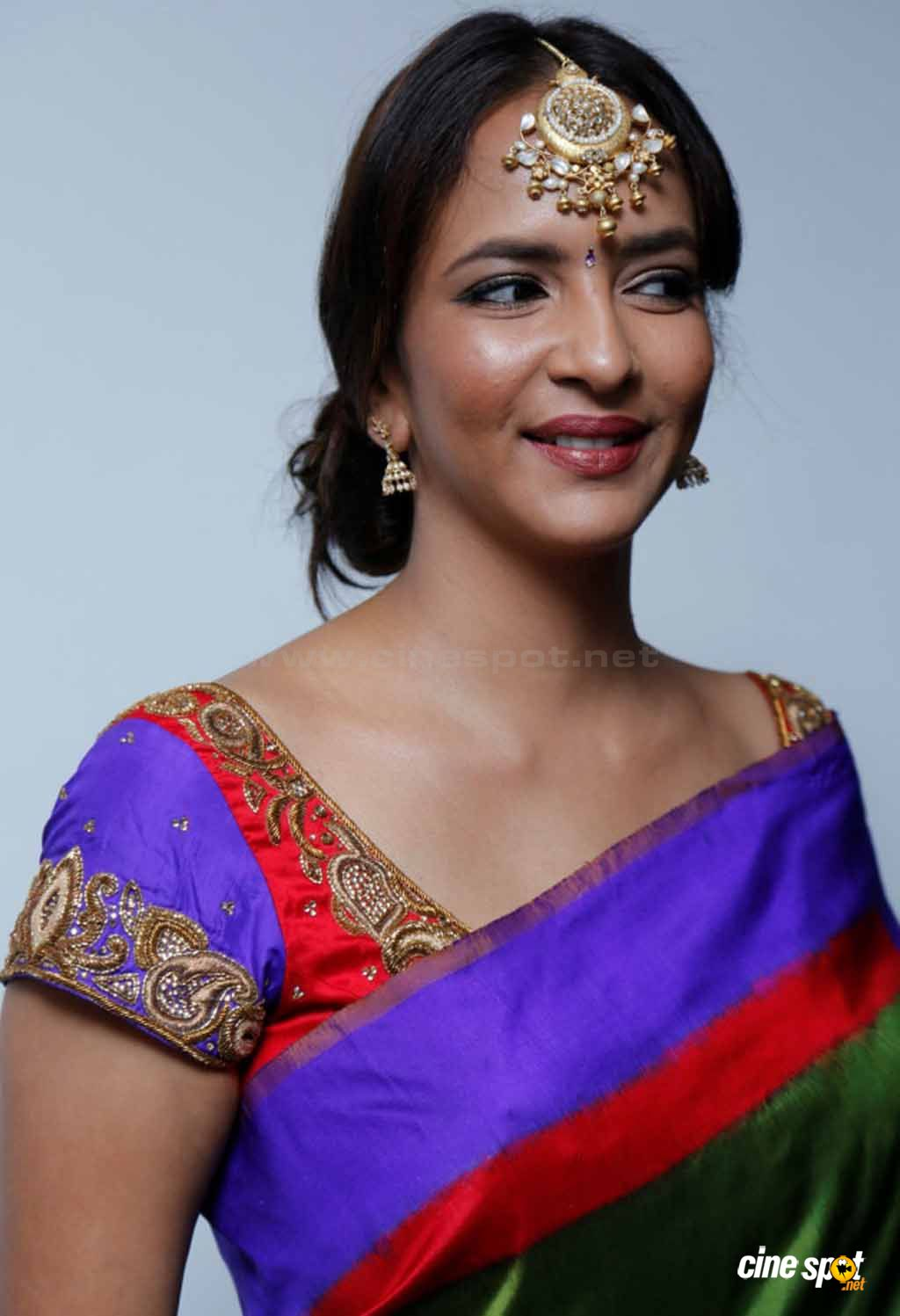 Lakshmi Manchu Nude Photos 93
