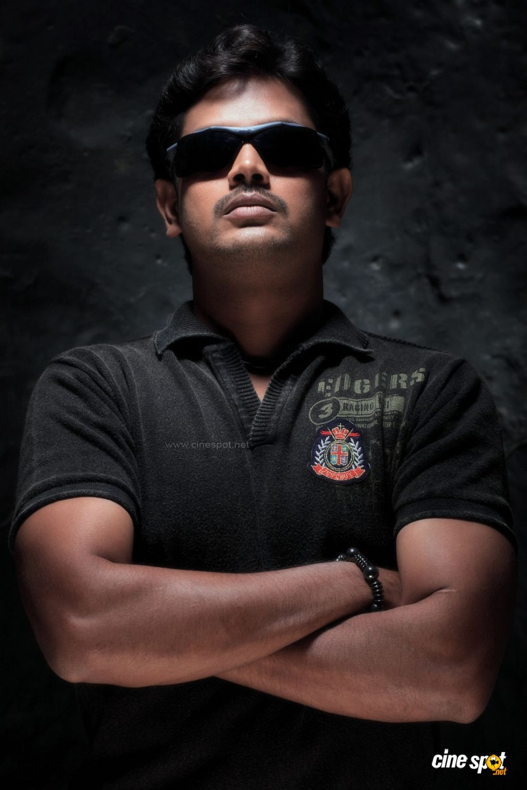 Tamil Movie Actor Vishnu Photos (13)