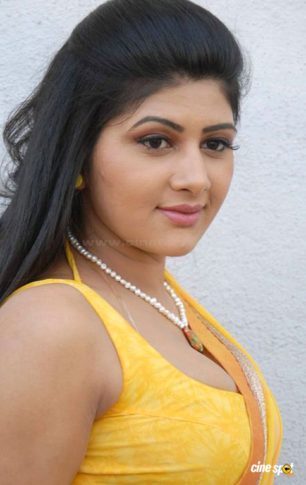 sonu actress stills (1)