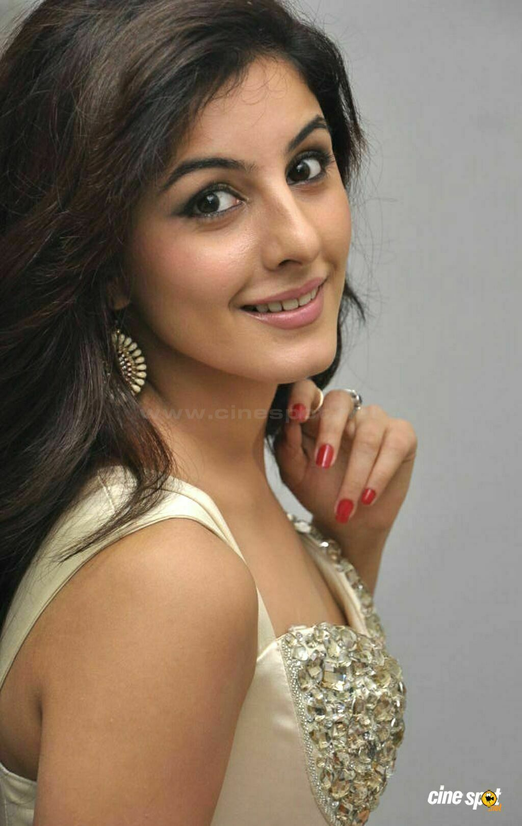 isha talwar without makeup
