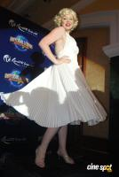Marilyn Monroe lookalike graces Resorts World Sentosa media meet Event Photos, Stills