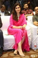 Raashi Khanna Actress Photos