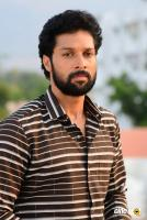 Santhosh Prathap Actor Photos