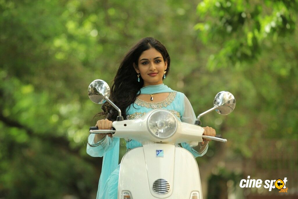 Prayaga Martin in Pisasu New Stills (3): www.cinespot.net/gallery/v/South+Cinema/Actress/Prayaga+Martin...