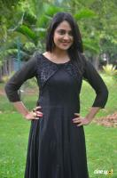 Mia George at Oru Naal Koothu Press Meet (8)