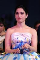 Tamannaah at Filmfare Awards 2016 (4)