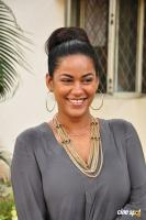 Mumaith Khan at Thikka Motion Poster Launch (14)