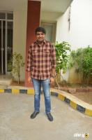 Sathish at Parandhu Sella Vaa Team Meet (1)