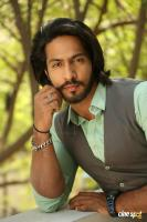 S3 Villain Thakur Anoop Singh Interview (11)