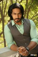 S3 Villain Thakur Anoop Singh Interview (13)