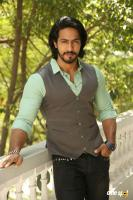 S3 Villain Thakur Anoop Singh Interview (2)