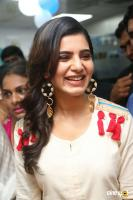 Samantha at VCare Clinic Launch (6)