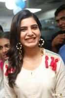 Samantha at VCare Clinic Launch (7)