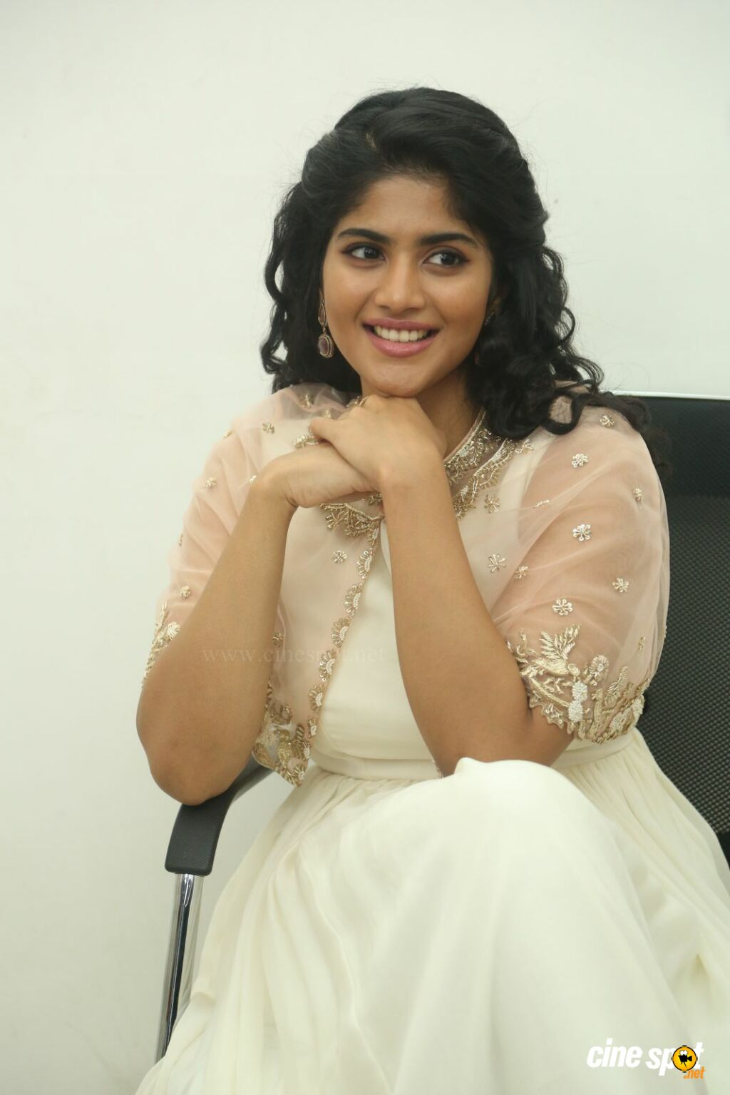 Megha Akash Lie Movie Interview Photos (9)