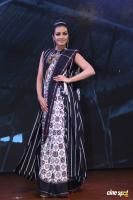Catherine Tresa at Woven 2017 Fashion Show (1)