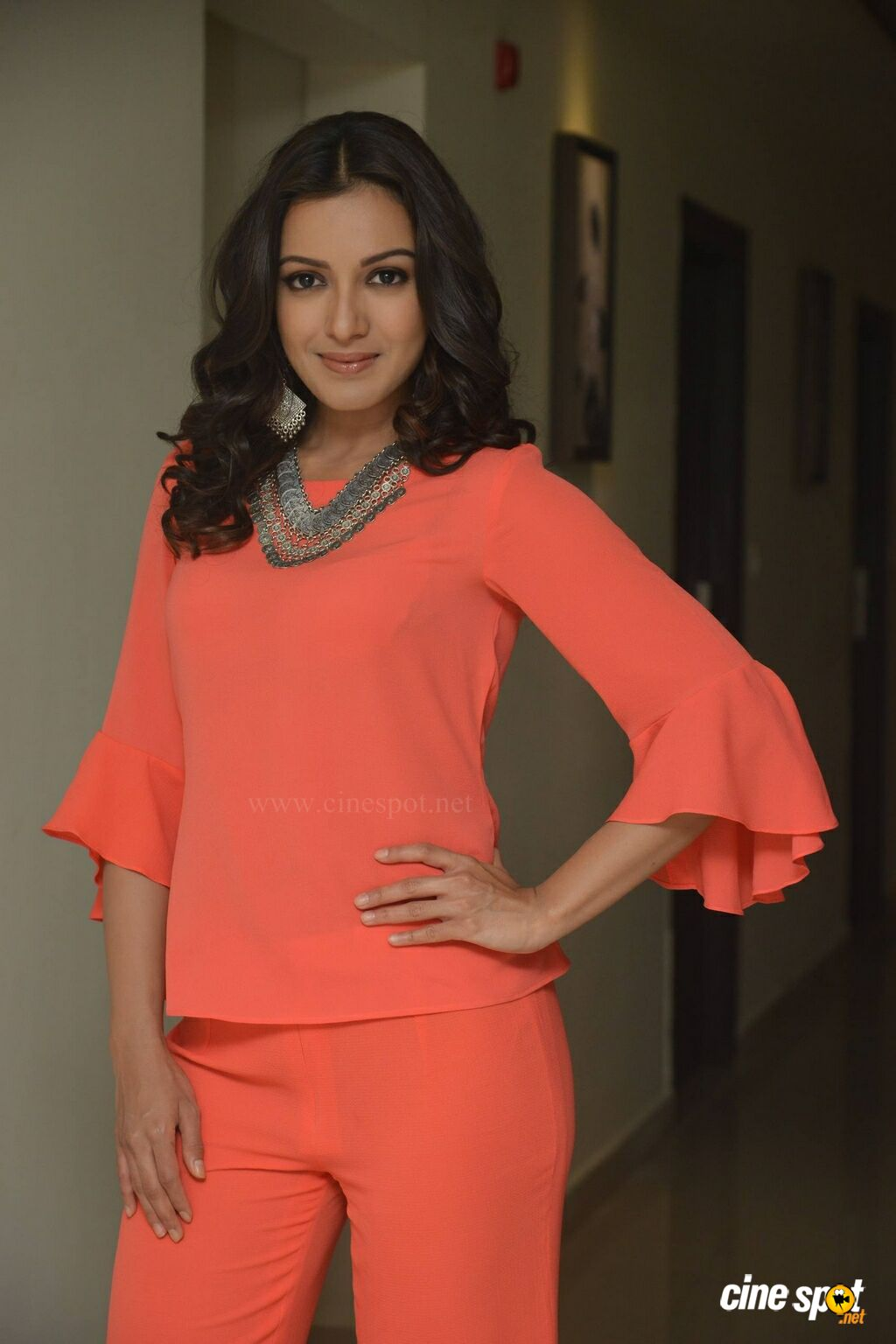 Catherine Tresa at B New Mobile Store Launch (2)