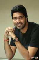 Meda Meeda Abbayi Hero Allari Naresh Interview Photos (40)