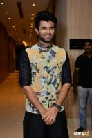 Vijay Devarakonda At KLM Mall Logo Launch (6)