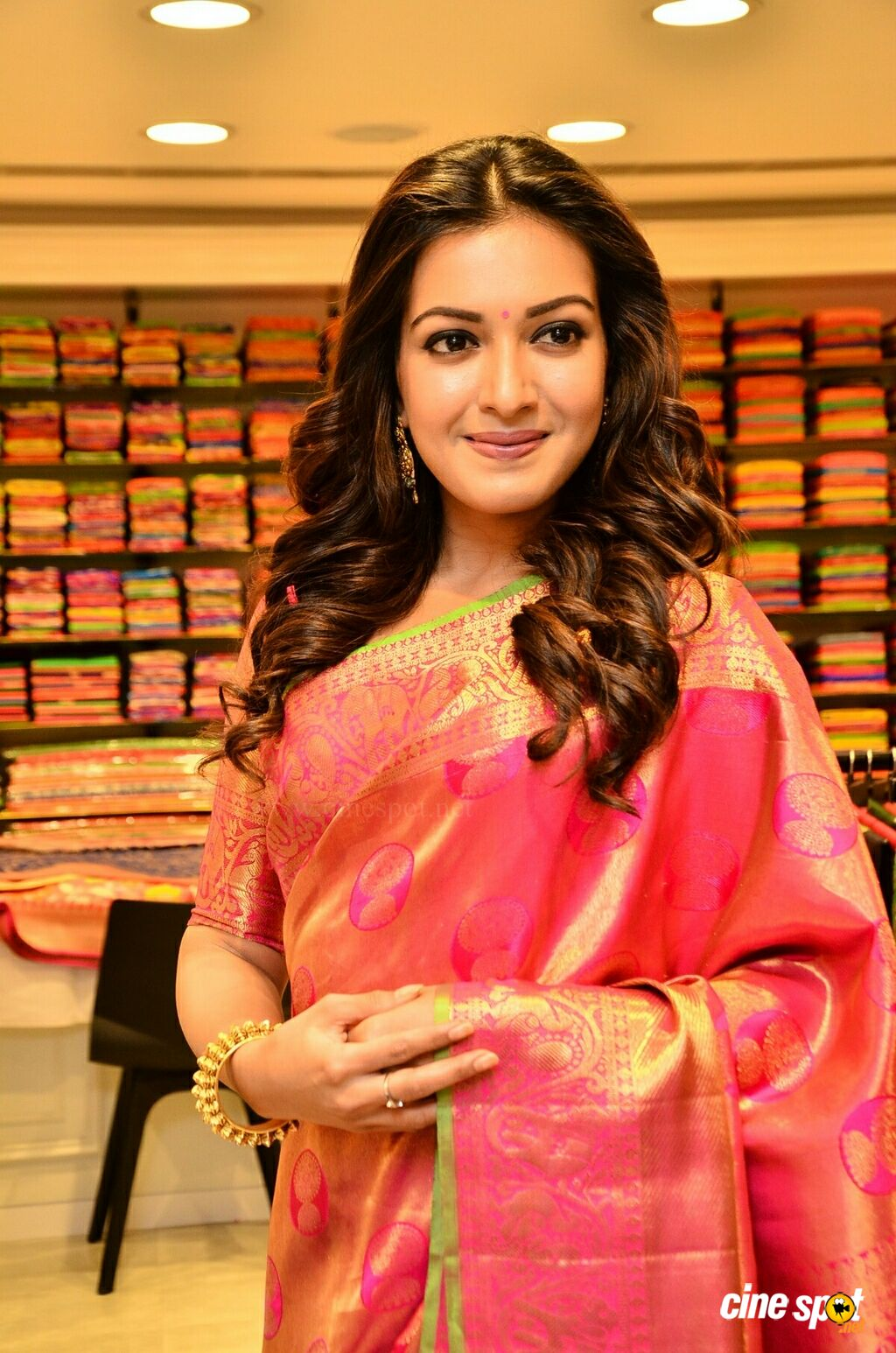 Catherine Tresa at KLM Fashion Mall Launch (14)