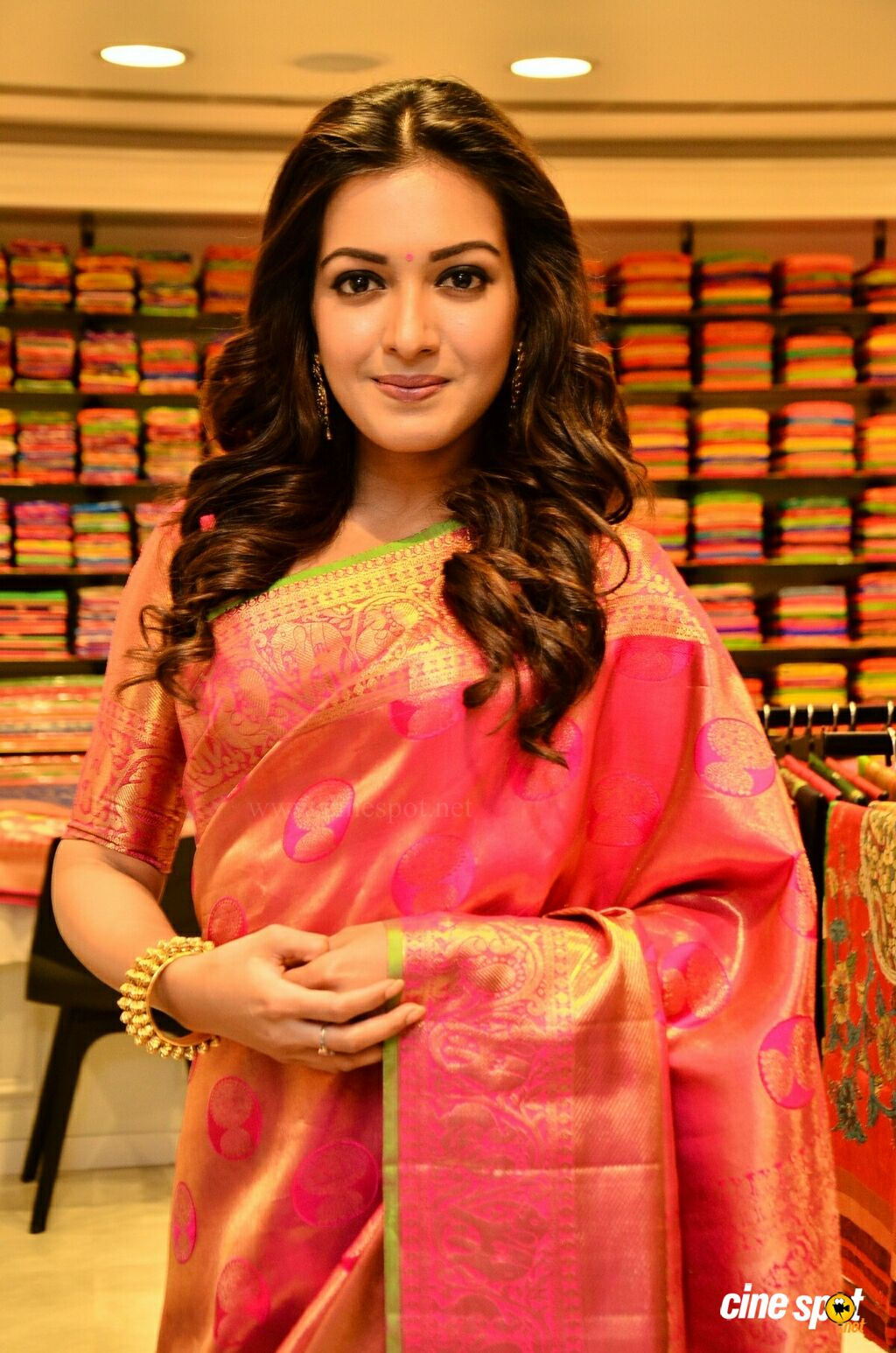 Catherine Tresa at KLM Fashion Mall Launch (6)