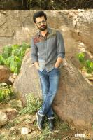 Vunnadhi Okate Zindagi Ram Pothineni Interview Photos (28)