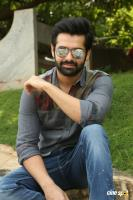 Vunnadhi Okate Zindagi Ram Pothineni Interview Photos (44)
