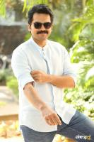 Karthi Khakee Interview Photos (13)