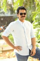 Karthi Khakee Interview Photos (14)
