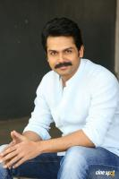 Karthi Khakee Interview Photos (36)