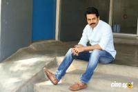 Karthi Khakee Interview Photos (38)