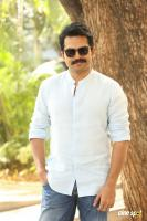 Karthi Khakee Interview Photos (7)