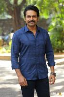 Karthi at Khakee Movie Success Meet (2)