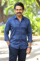 Karthi at Khakee Movie Success Meet (3)