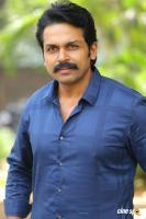 Karthi at Khakee Movie Success Meet (8)
