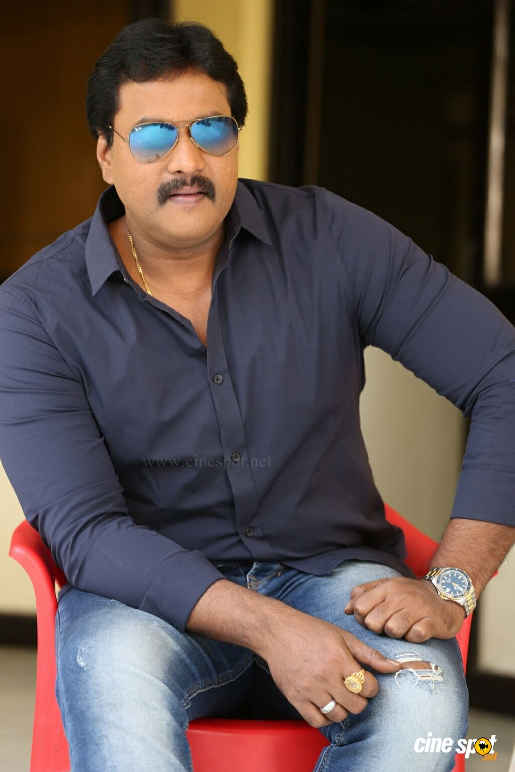 Hero Sunil Latest Interview Photos (4)