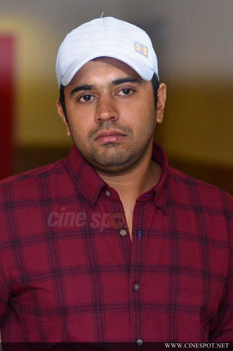 Nivin Pauly at Hey Jude Movie Success Meet (1)