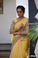 Devayani in Ezhumin Movie Stills (3)