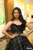 Tamannaah at Naa Nuvve Audio Launch (2)