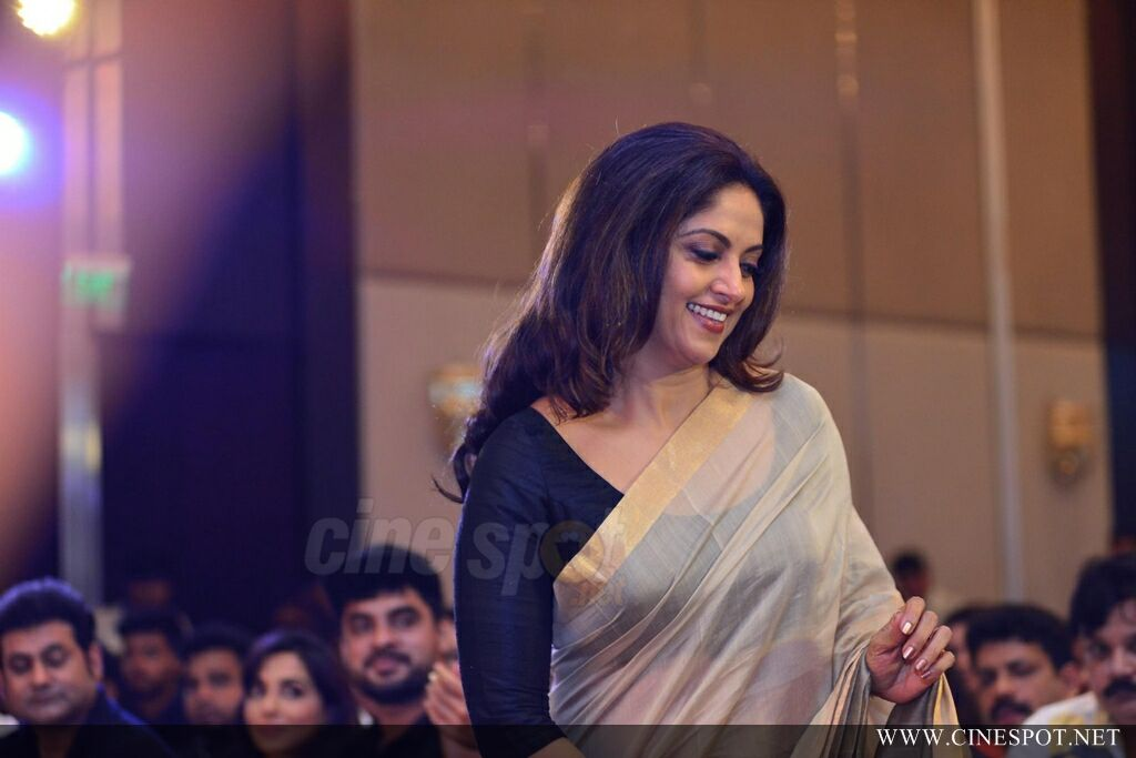 Nadhiya at Neerali Audio Launch (6)