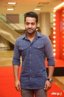 Jr NTR at Naa Nuvve Pre Release Event (5)