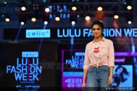 Deepti Sati at Lulu Fashion Week (2)