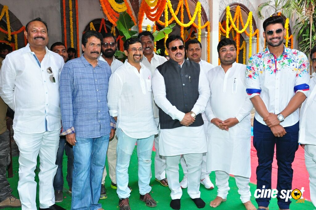 AK Entertainments Production No 17 Launch (4)
