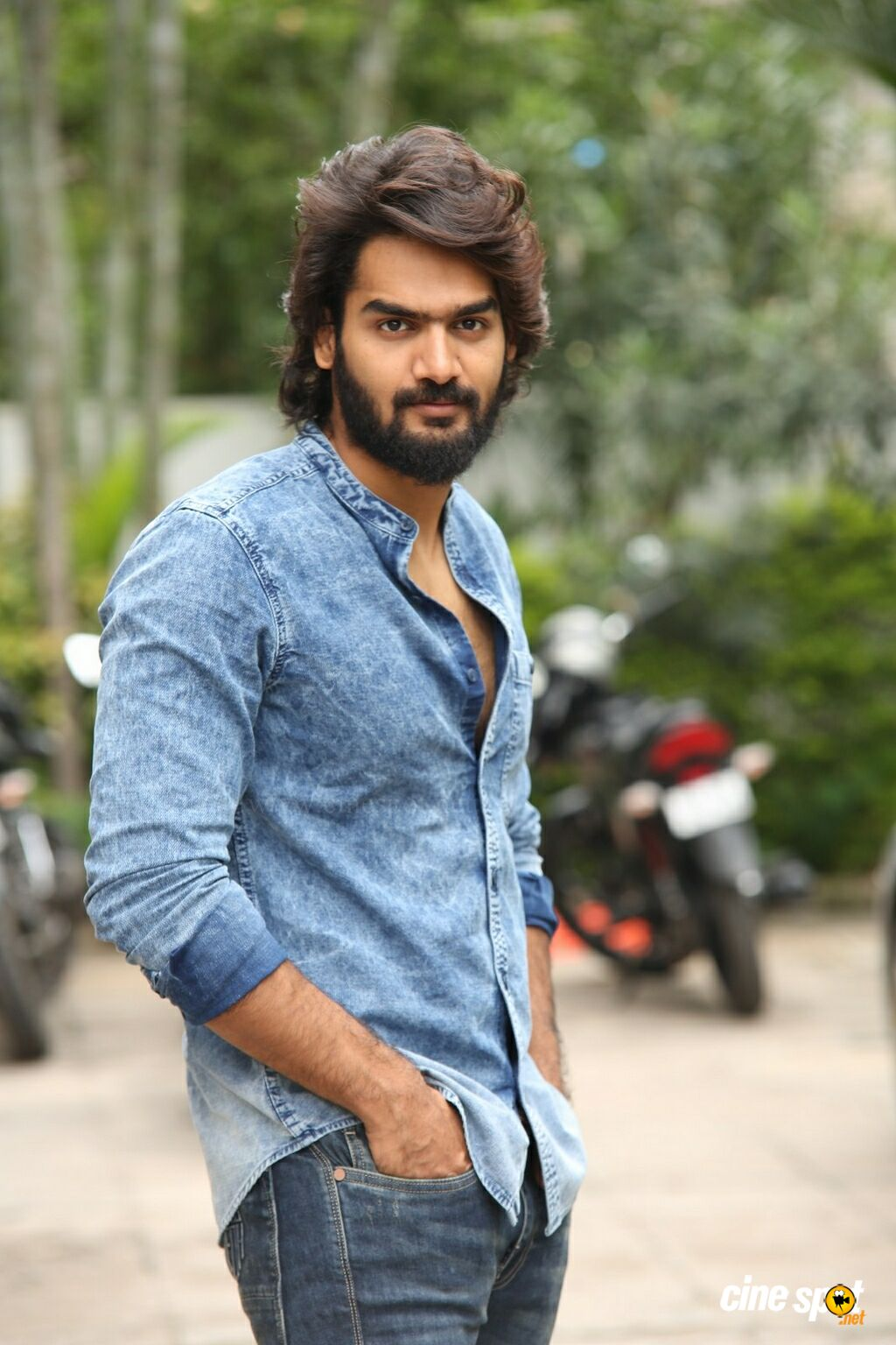 RX 100 Hero Karthikeya Interview Photos (7)
