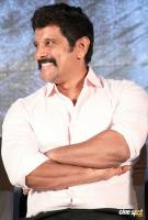Vikram at Saamy Square Audio Launch (3)