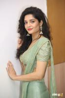 Actress Ritika Singh photoshoot (21)