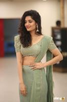Actress Ritika Singh photoshoot (5)