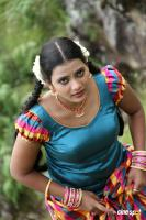 Avalukkenna Azhagiya Mugam Latest Stills (10)
